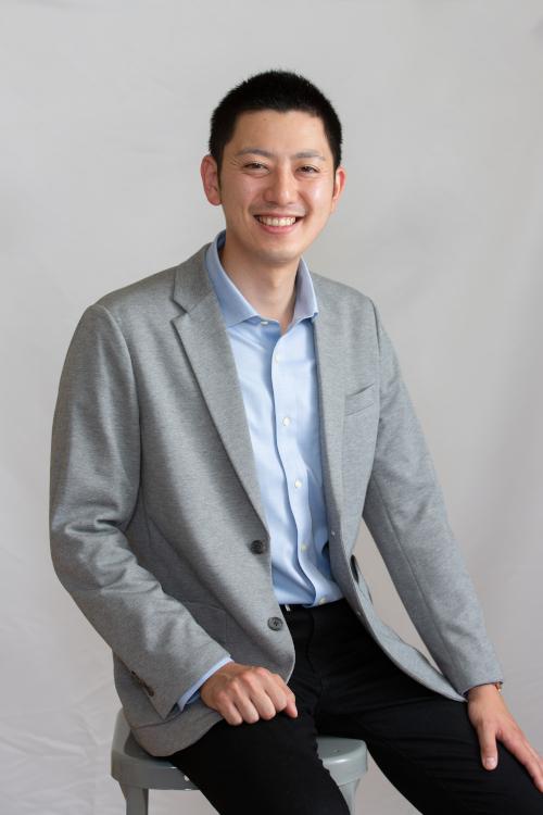 株式会社 ASAHI Accounting Robot 研究所社員 守 基一